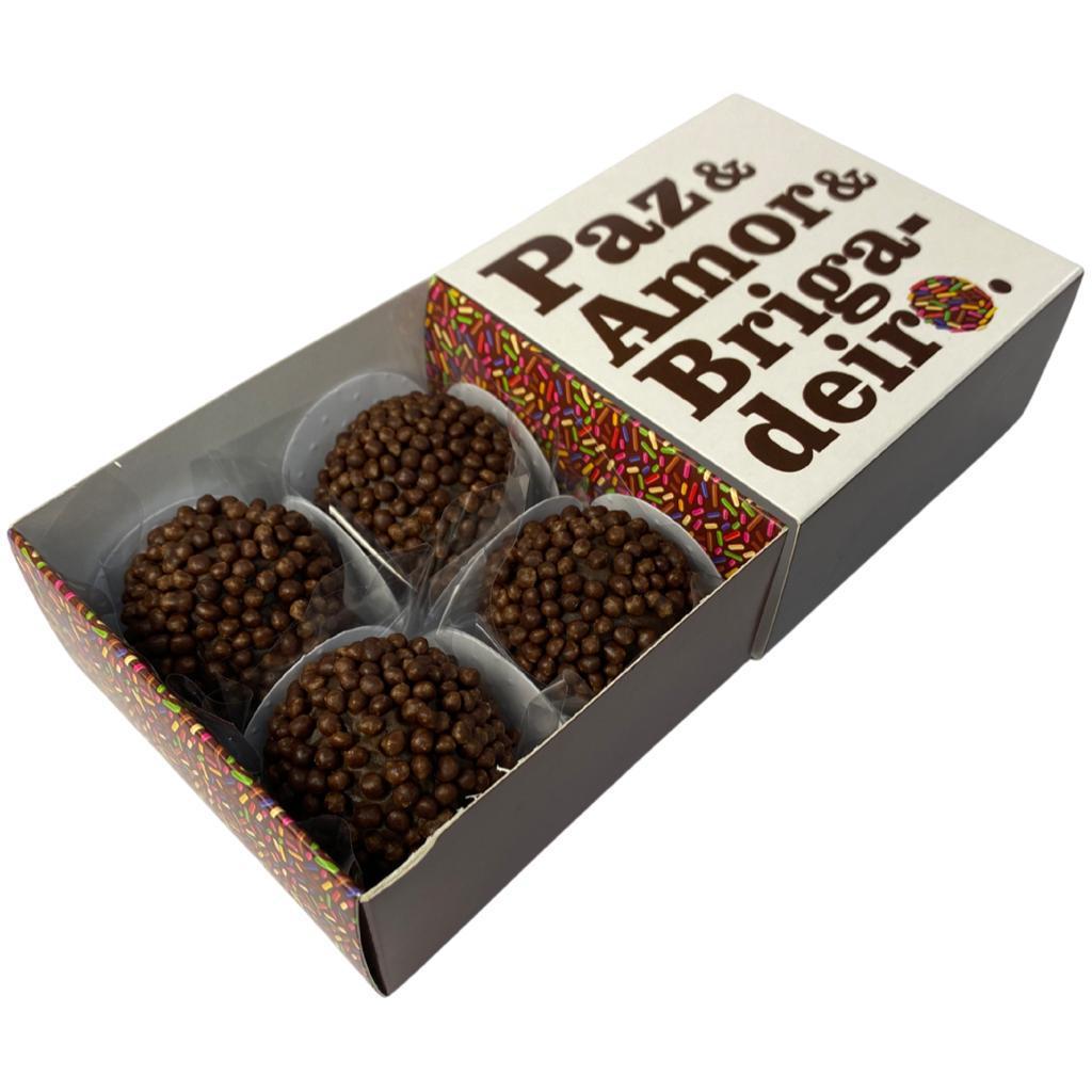 Kit com 5 Caixas personalizadas para 04 doces - Modelo Paz, Amor e Brigadeiro