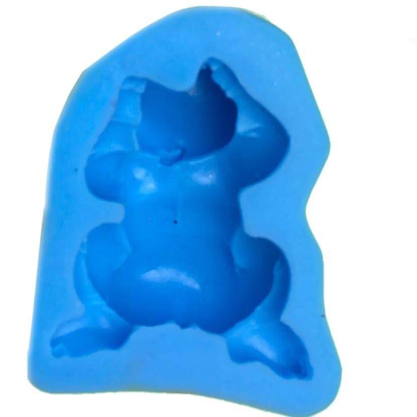 Molde de silicone com forma de corpo de bebê
