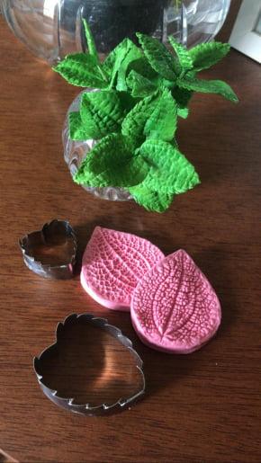 Conjunto de Cortador Inox Folha de Hortelã 2 peças
