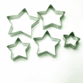 Conjunto de cortadores Estrela/Estrelas com 5 peças
