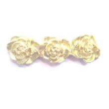 Molde de Silicone em formato de cordão de três rosas