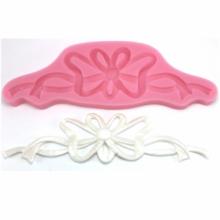 Molde de silicone com forma de Laço Raso