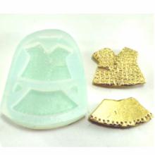 Molde de Silicone em formato Roupa de bebê - Blusa e Saia
